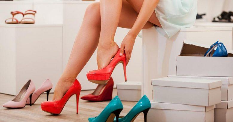 Kobiety kochają wysokie  buty..