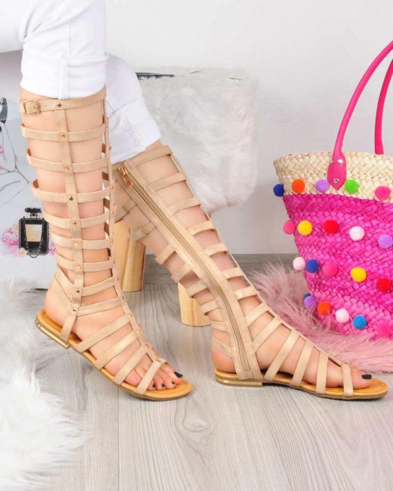 Modne sandały gladiatorki
