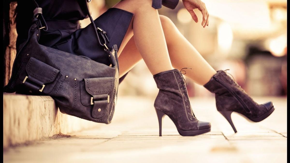 Jak nosić botki na obcasie?