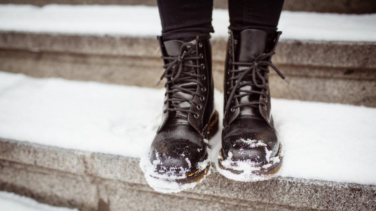 Jakie buty do sukienki na zimę?