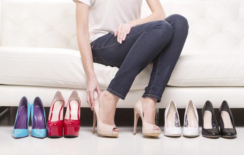 Na co zwrócić uwagę wybierając letnie buty do pracy w biurze?